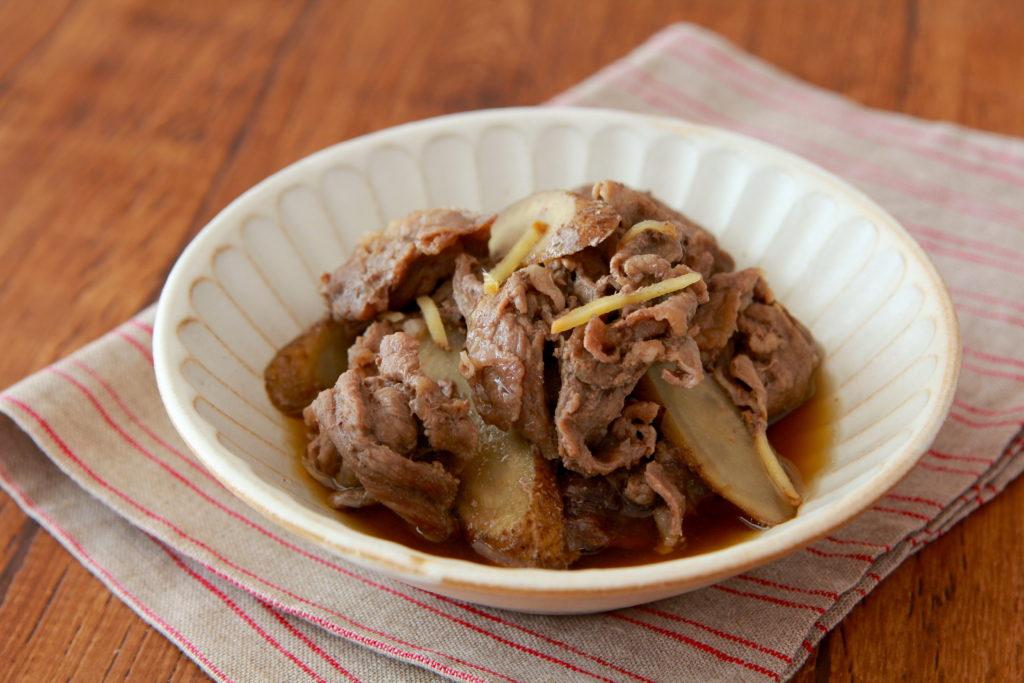 牛肉 と 大根 の 甘辛 煮